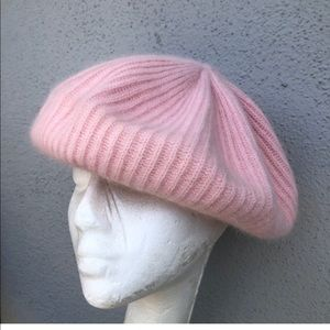 Vtg Mohair baby pink beret lambswool hat